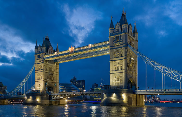 tower-bridge-walkways-1.jpg
