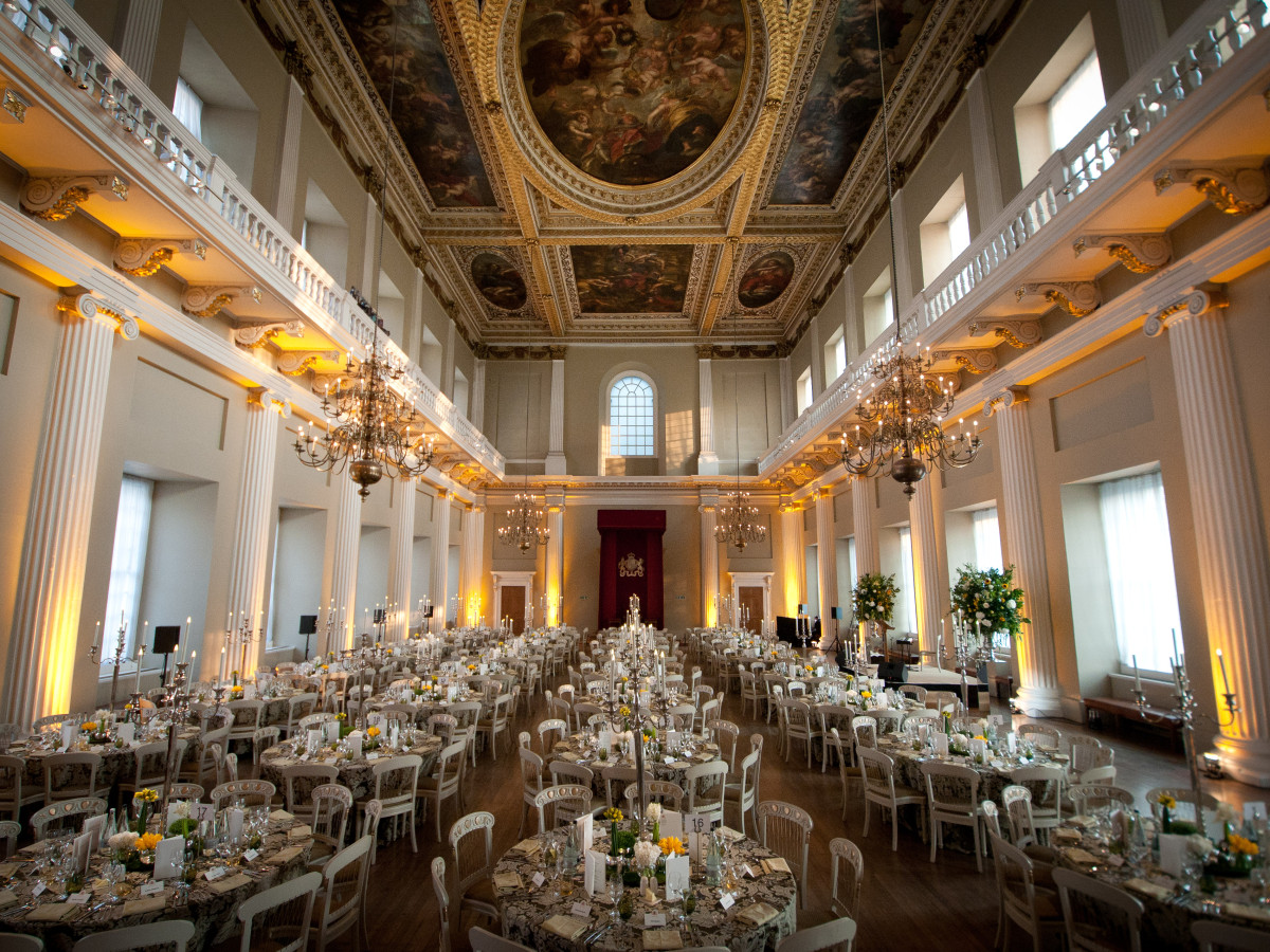 Inside-Banqueting-House-London-Dinner-Table.jpg